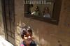 Chile : Un grupo de ninos juega en los pasillos de un cite , ubicado en el centro de Santiago . / Chile : Some Children play in the corridor of a cite, located in the center of Santiago. / Chile : Kinder im Zentrum von Santiago.<br /> ©  Hector Retamal/LATINPHOTO.org