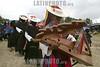 """Mexico (08/08/2003): Simpatizantes Zapatistas se reunen en la comunidad de Oventic , Chiapas para instalar las Juntas de Buen Gobierno para gobernar los municipios autonomos en Chiapas . / Mexico (08/08/2003): Zapatista supporters gathered in a three-day meeting to install the new Good Government Committees, also known as The Caracoles or Snails, to rule the Zapatista independent municipalities. / Mexiko : Die Zapatisten sind zurück. Vom 8. August an, dem 124. Geburtstag des mexikanischen Revolutionshelden Emiliano Zapata, würden die 30 """"autonomen zapatistischen indigenen Munizipien"""", die in Chiapas seit fast zehn Jahren bestehen, von fünf zentralen Organen gesteuert, von Juntas de Buen Gobierno, """"guten Regierungen"""", in Abgrenzung zur mexikanischen Regierung, dem mal gobierno von Präsident Vicente Fox, in der Hauptstadt. Diese so genannten Caracoles, """"Schneckenmuscheln"""", sollen der effektiveren Verteilung von Hilfsmitteln und selbst erwirtschafteten Geldern dienen.<br /> ©  Heriberto Rodriguez/LATINPHOTO.org"""