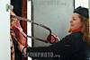 Paraguay : carnicera del Mercado de Abasto . Mujer. Carne. Cortar la rez. / Paraguay : butcher shop. meat. woman. / Paraguay : Metztgerei in Asuncion. Fleisch. Metzgerin. Eine Marktfrau zersägt ein Fleischstück.<br /> ©  Martin Crespo/LATINPHOTO.org<br /> ()
