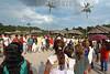 Brazil: Indios de tribo Deni y Greenpeace . Greenpeace en territorio Deni. Amazonas. / Brazil: Deni tribe indians. indigenous. ethnic minority. autochthons. / Brasilien : Greenpeace bei den indigenen Deni - Indianer. Urbewohner. Ethnische Minderheit im Amazonas - Gebiet. <br /> ©  Angelo Lucas/LATINPHOTO.org
