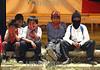 """Mexico (08/08/2003): Simpatizantes Zapatistas se reunen en la comunidad de Oventic , Chiapas para instalar las Juntas de Buen Gobierno para gobernar los municipios autonomos en Chiapas . ninos. / Mexico (08/08/2003): Zapatista supporters gathered in a three-day meeting to install the new Good Government Committees, also known as The Caracoles or Snails, to rule the Zapatista independent municipalities. / Mexiko : Die Zapatisten sind zurück. Vom 8. August an, dem 124. Geburtstag des mexikanischen Revolutionshelden Emiliano Zapata, würden die 30 """"autonomen zapatistischen indigenen Munizipien"""", die in Chiapas seit fast zehn Jahren bestehen, von fünf zentralen Organen gesteuert, von Juntas de Buen Gobierno, """"guten Regierungen"""", in Abgrenzung zur mexikanischen Regierung, dem mal gobierno von Präsident Vicente Fox, in der Hauptstadt. Diese so genannten Caracoles, """"Schneckenmuscheln"""", sollen der effektiveren Verteilung von Hilfsmitteln und selbst erwirtschafteten Geldern dienen.  Vermummte Zapatisten - Kinder.<br /> ©  Heriberto Rodriguez/LATINPHOTO.org"""