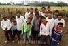 Paraguay : Ninos indigenas en la escuela . Comunidad NEPOXEN del chaco paraguayo. / Paraguay : indigenous. children. / Paraguay : Indigene ethnische Bevölkerung im Chaco. Kinder. Mädchen und Jungen.<br /> ©  Amadeo Velazquez/LATINPHOTO.org