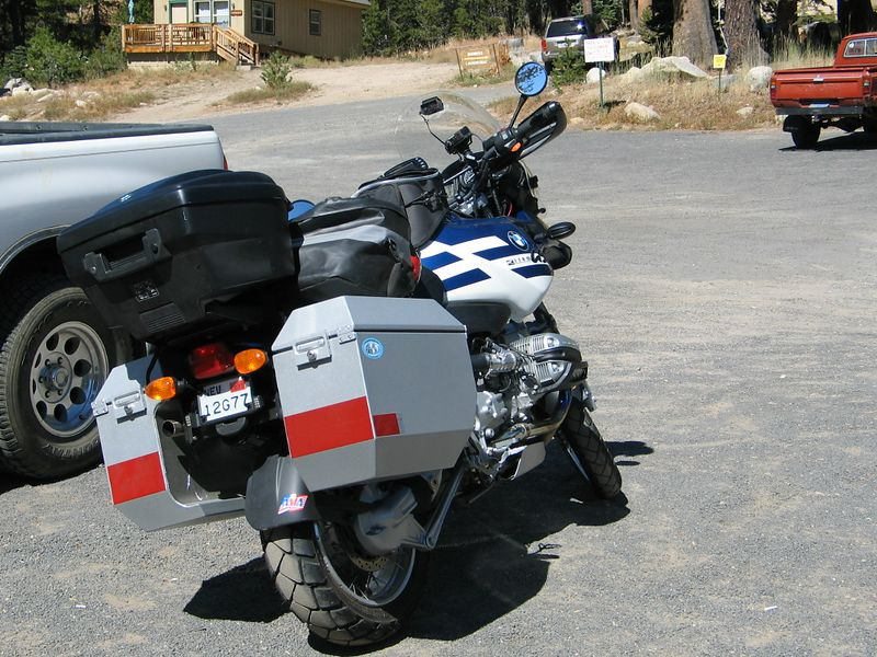The GS is happy with its new Jesse bags. So am I.