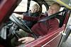 Autofahren im Alter. Betagter Autofahrer. Autofahren im hohen Alter.