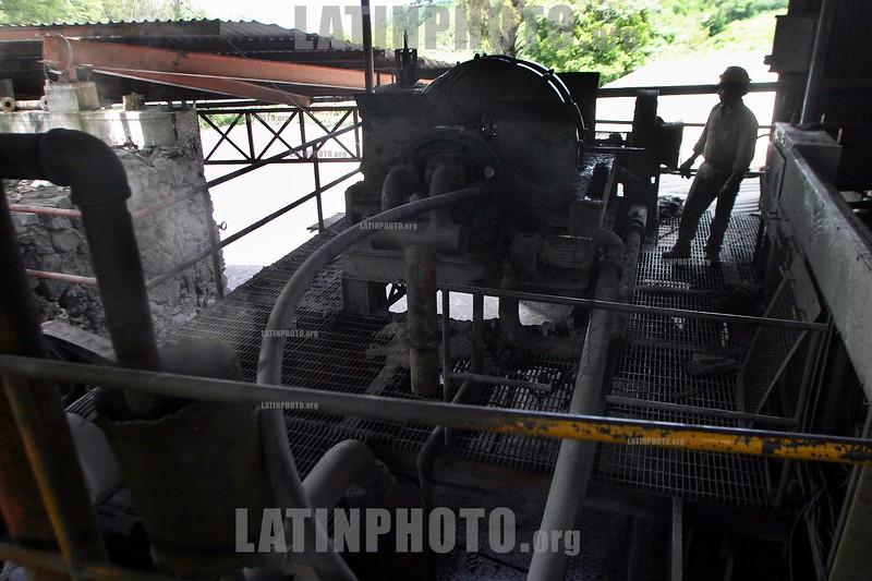 Mexico - Zacualpan : Mineros del Prorvenir en Zacualpan, al sur del estado de Mexico, trabajan en la explotacion de plomo, plata, oro y zinc. / Mexico: miner in Zacualpan. / Mexiko: Minenarbeiter in Zacualpan.  Suche nach Blei, Zink und Gold. © Mario Vazquez/MVT/LATINPHOTO.org