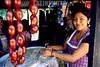 Mexico : Vendedora de comida callejera en el santuario de Juquila, 7 de agosto de 2004 en Oaxaca. / Mexico: Street food vendor at Juquila's sanctuary, August 7, 2004 Oaxaca. / Mexiko: Eine Marktfrau in Oaxaca. Würste. © Pablo Aguinaco/LATINPHOTO.org