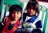 Mexico : Ninos vendedores en el santuario de Juquila, 7 de agosto de 2004 en Oaxaca. / Mexico: Child Work at Juquila's sanctuary, August 7, 2004 Oaxaca. / Mexico: Kinder arbeiten auf der Strasse. © Pablo Aguinaco/LATINPHOTO.org