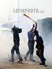Venezuela : manifestationes en venezuela. medios de comunicacion. camara. / Venezuela : protest. media. / Venezuela : Unruhen in Venezuela. Ein Kamerateam bewegt sich im Tränengas. © Juan Carlos  Hernandez/LATINPHOTO.org