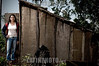 Paraguay: En Paraguay mas de 2 .600.000 hectareas de soja - el doble que en el 2001 - y en el ultimo ano se produjeron 3 ,8 millones de toneladas. Ademas de la expulsion de campesinos, los productos que se utilizan para fumigar son considerados toxicos de alta peligrosidad. El asentamiento 13 de Mayo, en el departamento de Itapua, es el escenario del intento de unas 40 familias por sobrevivir y mantener sus cultivos tradicionales en medio de ese oceano de soja. mujer. / It is the history of the settlement 13 de mayo, in the area of Itapua, Paraguay. It is a group of peasant families - about 70 people - who atempt to maintain their identity and their unique relationship with the land, within the framework of the advance of the soy monocultive. There are in Paraguay 2.600.000 hectares of soy - twice as much as in 2001- and in the last year 3.8 millons of tons have been produced, dispite the drought. /  C'est l'histoire de l'etablissement 13 de Mayo, dans la region de Itapua, Paraguay. C'est un group de familles paysannes - un total de 70 personnes - qui essayent de soutenir leur identite et leur liaison avec la terre, dans le cadre de l'avancee du monocultive du soja. Au Paraguay, il y a 2.600.000 hectares de plantation de soja - deux fois plus que dans l'annee 2001 - et dans l'annee derniere 3.8 millons de tonnes de soja ont ete produits malgre la secheresse. / Sojabauern in Encarnacion. Landwirtschaft. Sojaanbau. Junge Frau vor einer Holzhütte. Armut. © Sebastian Hacher - Olmo Calvo Rodriguez/LATINPHOTO.org