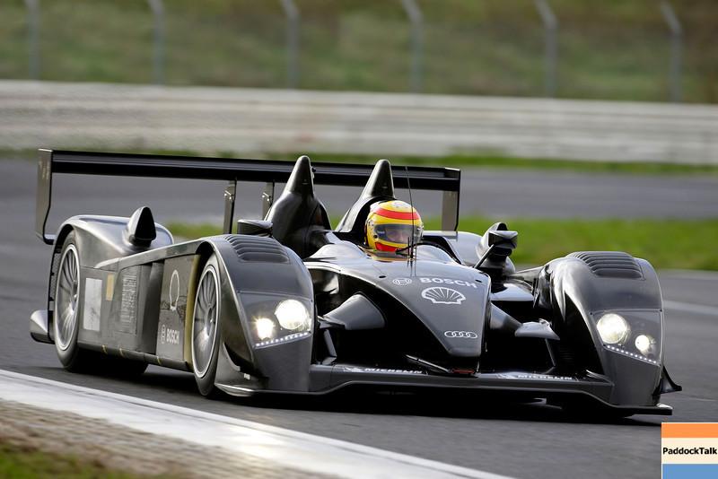 Audi R10 / Roll-out / Frank Biela Courtesy of Audi