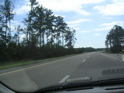 Not much traffic on I-59 at rush hour.  We're very close to the Louisiana border.