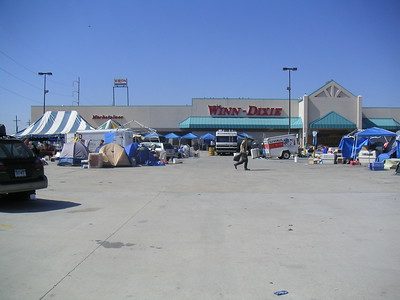 The Winn Dixie site looking left from my front door. The dog kennels are under the blue & white big top.
