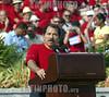 """Cuba - La Habana, Plaza de la Revolucion """"Jose Marti"""" .- 05 05 01 Acto Central por el Primero de Mayo, Dia Internacional de los Trabajadores. Intervencion de Daniel Ortega, Expresidente de Nicaragua. / Cuba: May Day manifestation in Havana. / Kuba: Daniel Ortega spricht am 1. Mai in Havanna. Eine Menschenmasse begeht auf dem Platz der Revolution den Tag der Arbeit.  © Marcelino Vazquez Hernandez/AIN/LATINPHOTO.org"""
