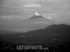 El Salvador: Mirador de la ciudad de San Salvador, El Salvador . montana. / El Salvador: Panoramic view of the capital San Salvador. / El Salvador: Panoramasicht auf San Salvador. Tourismus. Berg. (B/W)  © Jesus Alfonso/LATINPHOTO.org