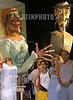 "Cuba: Tribuna Antiimperialista ""Jose Marti"" .- 05 09 15 Inauguracion del XII Festival Internacional de Teatro de La Habana. Don Quijote y Dulcinea, del grupo de teatro frances Les Grandes Personne, junto a actores del Teatro GuiÒol Nacional. / Cuba: festival. / Kuba: Theaterfestival.  © Omara Garcia Mederos/AIN/LATINPHOTO.org"