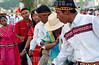"""Panama - Panama City: El """"desfile de las Mil Polleras"""" es tradional en la Ciudad de Panama, y en el participan los principales grupos culturales y etnicos del pais . La Polleras son el traje tipico de la mujer en Panama.  / Panama: Parade of the one thousan Polleras is traditional of Panama City and in it, he main cultural and etnic groups of Panama take parts in it.  The Polleras are the titpical female dress of Panama. Panama's folklore is fully expressed in its traditional dances, its colorful """"Pollera"""". / Panama: Frauen tragen die Nationatracht Pollera. Folklore. Indigene Bevölkerung.  © Tito Herrera/LATINPHOTO.org"""