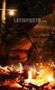 Venezuela : Actos culturales en la montana de sorte , estado Yaracuy, Venezuela para celebrtar el dia de la resistencia indigena En la Montana de Sorte, estado Yaracuy, Venezuela Espiritistas se congregan en la madrugada del 12 de octubre para bajar espiritus de la corte india y celebrar el dia de la resistencia indigena ante Cristobal Colon y sus colonizadores Los mediums recibieron espiritus para bailar en candela Mediums bajaron espiritus de la corte india en la madrugada del dia 12 de octubre / Venezuela: indigenous / Venezuela: Indigenes Ritual Mit nackten Füssen über heisse Glut laufen Feuerlaufen © Juan Carlos Hernandez/LATINPHOTO.org