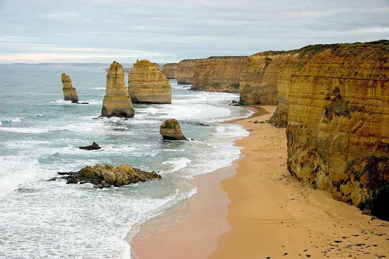 The Twelve Apostles: taken at 7:20am so we weren't jostled by the crowds.