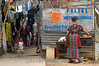 Guatemala : Asentamiento La Libertad donde viven 205 familias de bajos recursos en las orillas del basurero municipal , Guatemala ciudad . / A indigenous woman in a slum in Guatemala City. / Eine indigene Frau in einem Armenviertel in Guatemala Stadt. Kleinkind. Armut. © Jesus Alfonso/LATINPHOTO.org