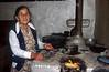 Nicaragua : Anciana campesina , junio del 2006, Nueva Segovia, Nicaragua / Rural old lady, june 2006, Nueva Segovia, Nicaragua . / Nikaragua: Alte Frau in einer Küche auf dem Land. © Andrea Diaz-Perezache/LATINPHOTO.org