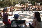Venezuela : Jovenes preparan el Campamento  del VI Foro Social Mundial en el Parque Los Caobos, Caracas  21de enero de 2006 . / Youngs preparing start of World Social Forum's Camp on Los Cao ...