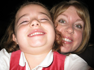Sabrina and Aunt Lala photograph themselves!!!
