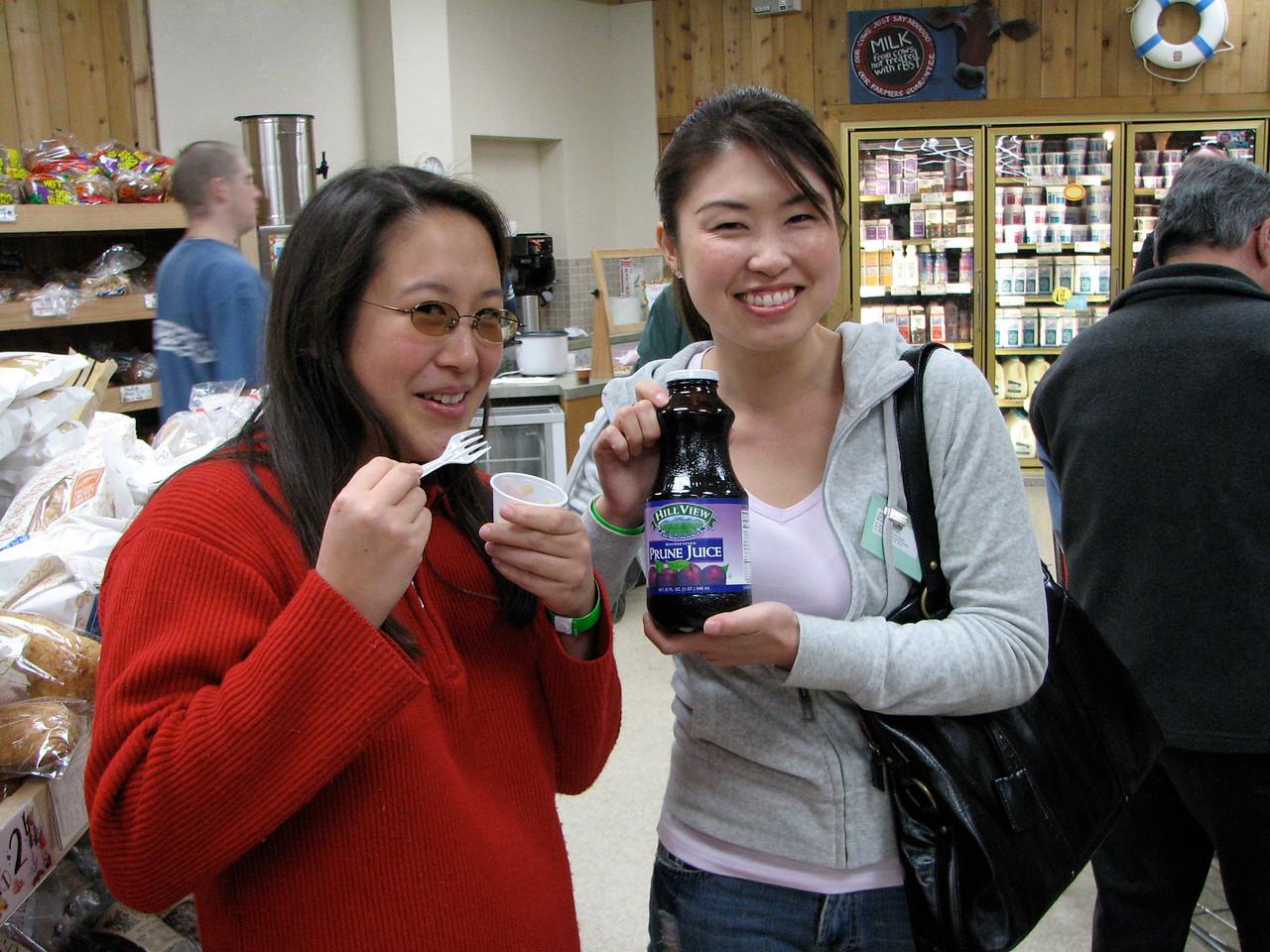 2007 02 18 Sun - Jackie, Jane Chen, & prune juice