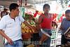 Venezuela - Caracas : mercado en Caracas . Paisaje urbano. / market in caracas. Urban landscape. / Markthändler in Caracas. © Sebastian Hacher/LATINPHOTO.org
