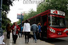 Argentina : Mendoza . trafico. / Mendoza city. / Argentinien: Mendoza Strassenverkehr. Bus. © Diego Casas/LATINPHOTO.org
