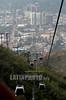 Venezuela : Teleferico Avila Magica cuenta con 74 cabinas , cada una con capacidad para 8 personas y su estaciòn de subir esta ubicada en Mariperez, Caracas - Venezuela . Y su estacion de llegada o subida esta en el cerro el Avila de la misma ciudad.El cerro Avila, conocido como el pulmon de Caracas, fue decretado Parque Nacional el 12 de diciembre de 1958. Este ocupa una superficie de 85.192 hectareas, localizadas en el tramo central de la Cordillera de la Costa. Su altura maxima es de 2.765 metros en el Pico Naiguata El gobierno venezolano, acaba de anunciar su expropiacion  y toma  para ser operado por el ministerio de turismo de Venezuela, ya no serà operado por empresa privada. Igual suerte correrà el teleferico de Merida. / Caracas City. / Seilbahn in der Hauptstadt Venezuela. © Juan Carlos Hernandez/LATINPHOTO.org
