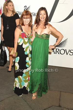Nicole Miller, Jill Hennessy photo by Rob Rich © 2008 robwayne1@aol.com 516-676-3939