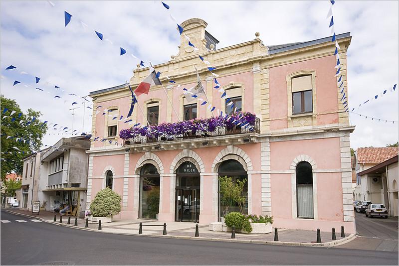 Hotel de Ville (Souston)