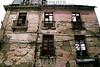 Bolivia: La Paz , edificio destruido el 10 de enero de 2008 . / La Paz, Bolivia: La Paz, building destroyed. / Bolivien: Altes zerfallenes Gebäude in La Paz. © Marcos Crapa/LATINPHOTO.org