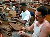 Cuba: Trabajadores en la fabrica de tabaco Corona . Municipio Cerro , C Habana, Cuba. 28 de marzo del 2008. / Workers in the cigar factory Corona. / Kuba: Arbeiter in der Zigarrenfabrik Corona. © Agustin Borrego Torres/LATINPHOTO.org