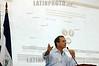 Nicaragua - Managua : Eduardo Montealegre, candidato del PLC presenta ante miembros de la sociedad civil las actas Electorales donde supuestamente se cometio el fraude por parte del FSLN . / Eduardo Montealegre. / Nikaragua: Eduardo Montealegre. © Oscar Navarrete/LATINPHOTO.org