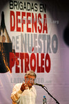 Mexico : Leftist Andres Manuel Lopez Obrador gives a speech against oil privatization before Oil Defense Brigades during a rally in Cordoba, Veracruz, May 30, 2008 . Lopez Obrador is heading ...