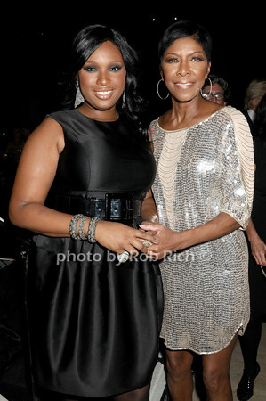 Jennifer Hudson, Natalie Cole<br /> photo by Rob Rich © 2009 robwayne1@aol.com 516-676-3939