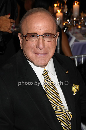 Clive Davis photo by Rob Rich © 2009 robwayne1@aol.com 516-676-3939