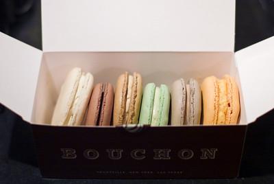 Macarons  [jbm-20091017-dmr-002]