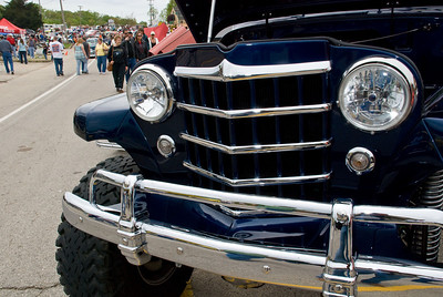This blue Willys 4x4 was clean and nice.  2009 Magic Dragon car show Lake of the Ozarks (c) D.L.Jones Photography 2009