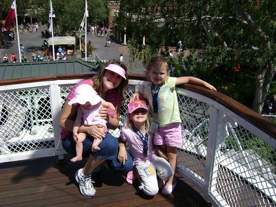 Disneyland My '09 043