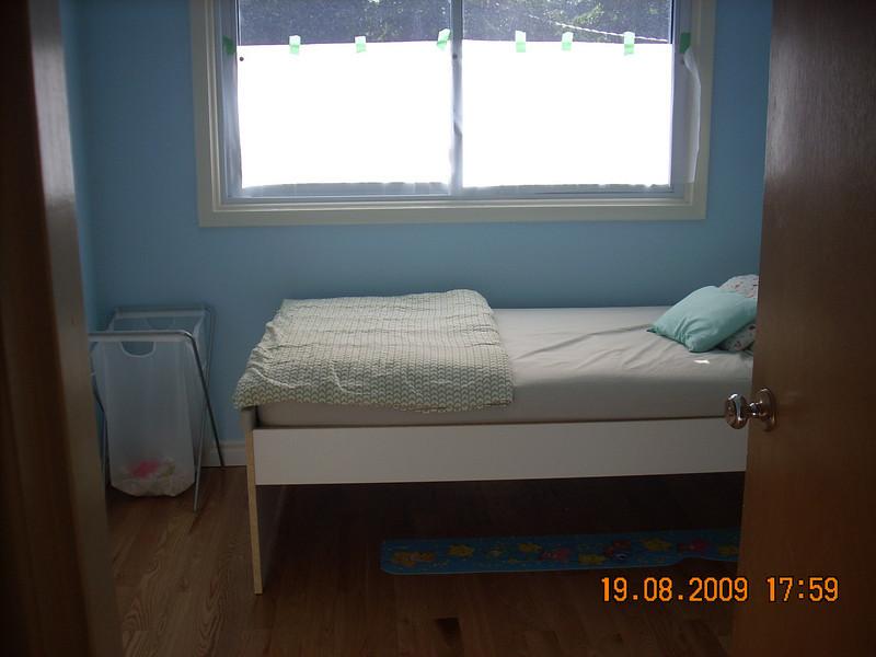 Sam's room (Upper Level)