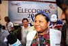 SLV - El Salvador : La guatemalteca Premio Nobel de La Paz, Rigoberta Menchu, participo como observadora internacional en las elecciones presidenciales en El Salvador, realizadas el 15 de marzo de 2009 . Menchu es enrtrevistada en el Tribunal Supremio Electoral luego de que los magistrados dieran a conocer el ultimo recuento de votos que dio como ganador al partido FMLN. / The Guatemalan Nobel prize of La Paz, Rigoberta Menchu, participated like international observer in the presidential elections in El Salvador, realised the 15 of March of 2009. Menchu is enrtrevistada in Electoral the Supremio Court after which the magistrates presented the last count votes that he gave like winner to party FMLN. / Die guatemaltekische Menschenrechtsaktivistin und Friedensnobelpreisträgerin Rigoberta Menchu Tum verfolgt die Präsidentschaftswahl in El Savador . © Antonio Herrera Palacios/LATINPHOTO.org