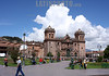 Peru : View of the plaza de armas in Cusco, Peru, with the huge cathedral at the back . / Kathederale in Cusco. © Victoria Schirinian/LATINPHOTO.org
