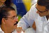 Nicaragua : Presidentes del ALBA suscriben acuerdos y condenan el golpe de estado al presidente de Honduras Manuel Zelaya . / Honduras Präsident Manuel Zelaya zusammen mit Mauricio Funes aus El Salvador. © Oscar Navarrete/LATINPHOTO.org