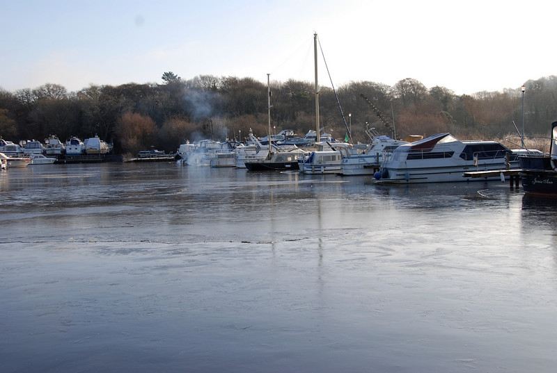 A thin, second layer of ice can be seen here, running across the marina at the halfway point in the photo, when the photo is viewed in one of the larger modes, i.e. x3 or original