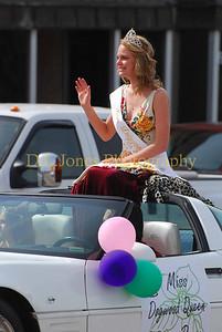 2010 Miss Dogwood Queen.