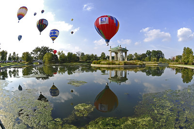 20100918171656 * Price G * Balloon Racers over Muny Gazebo