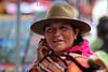 Ecuador : Sede del mercado artesanal indigena mas grande de Sudamerica . municipio de mayoria indigena mas rico de la Republica de Ecuador. turismo. mujer indigena. / Market in Otavalo, showing the colourful fabrics. Town in the Imbabura Province of Ecuador. weaving textiles. / Ekuador: Indigener am Markt in Otavalo. Indigenas. Ureinwohner. Textiles Angebot. Ureinwohner. Tracht. Poncho. © German Falke/LATINPHOTO.org