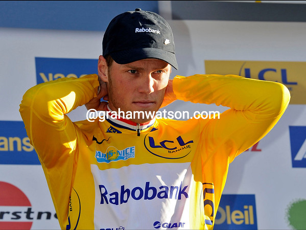 Lars Boom is now race-leader of Paris-Nice - another award for the former Cyclo-Cross world champion and U-23 time trial World Champion..!